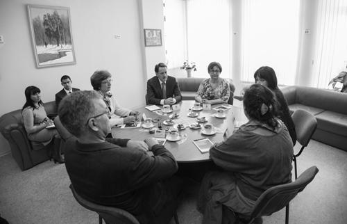 Встреча за круглым столом в «Парусе надежды»