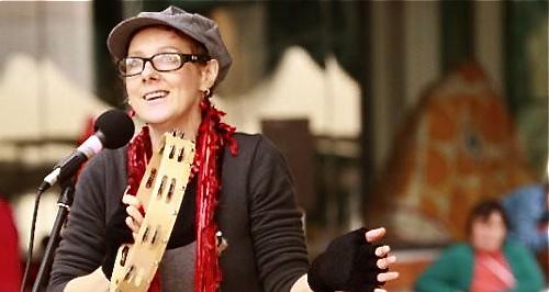 Донна Уильямс, художник, поэт, писатель, консультант по аутизму, аутист